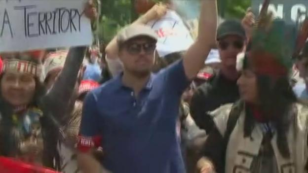 Video «Leonardo DiCaprio demonstriert gegen Trump» abspielen
