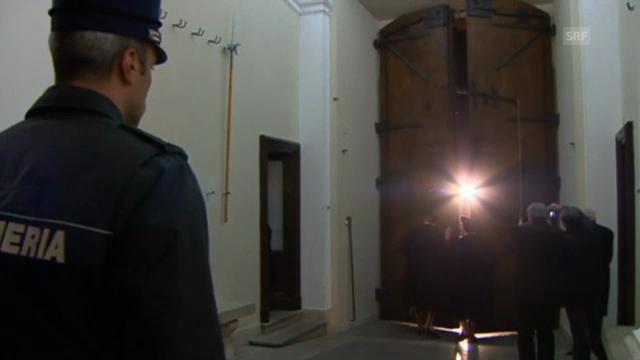 Genau um 20.00 Uhr wurde das Tor der päpstlichen Sommerresidenz geschlossen