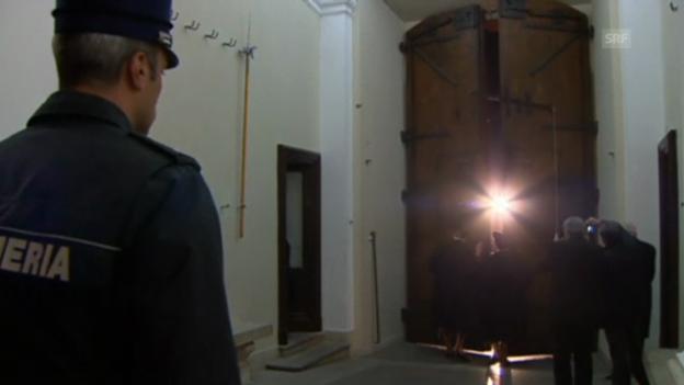 Video «Genau um 20.00 Uhr wurde das Tor der päpstlichen Sommerresidenz geschlossen» abspielen
