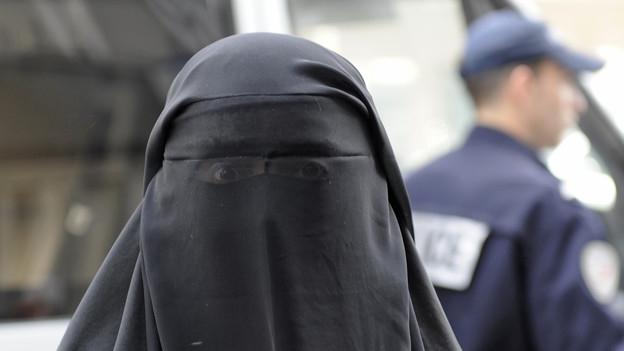 Burka – da sehen wir schwarz!