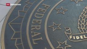Video «Comey vor Geheimdienstausschuss» abspielen