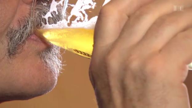 Video «Alkoholfreies Bier und Geselligkeit» abspielen
