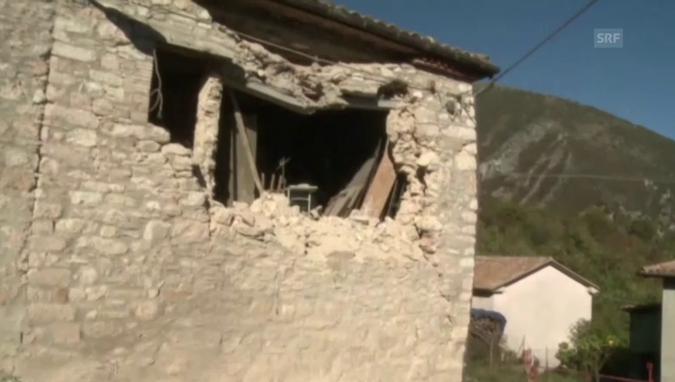 Grosse Schäden nach Erdbeben in Umbrien