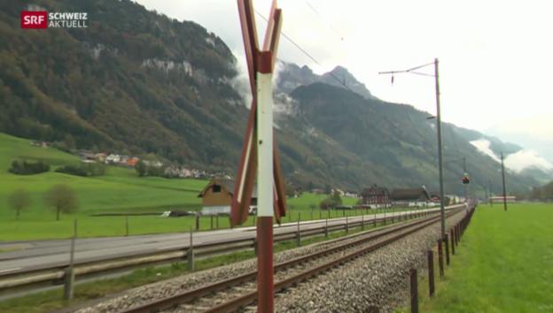 Video «Parlament entscheidet noch nicht über gefährliche Bahnübergänge» abspielen