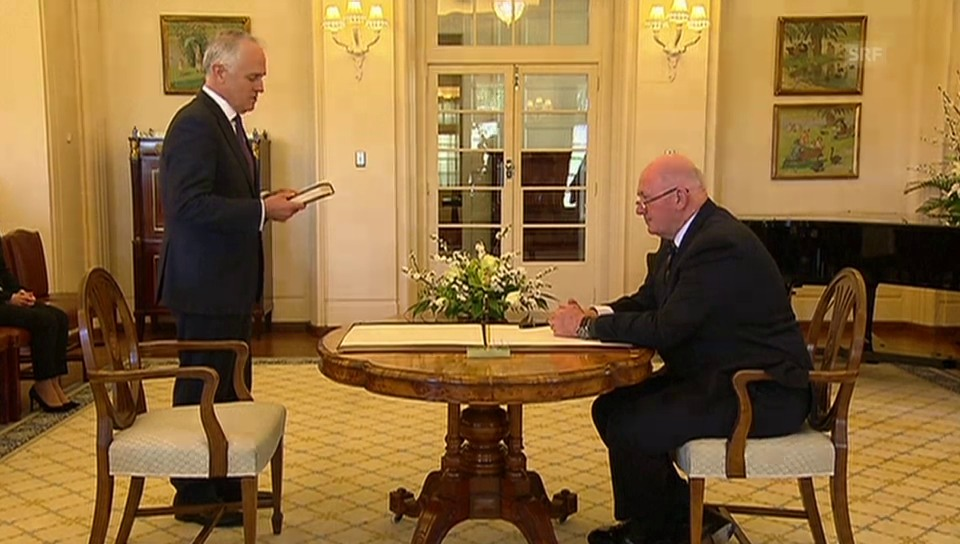 Turnbull legt Amtseid ab (unkomm.)