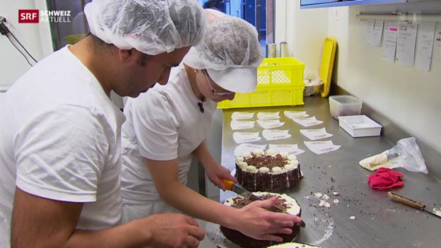 Video «Flüchtlinge als Bäckereigehilfen» abspielen