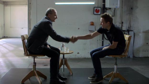 Video «Daniel Bumann trifft Filippo Leutenegger» abspielen