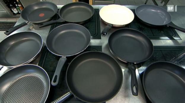 Video «07.09.10: Bratpfannen-Test: Keramikbelag oder Teflon?» abspielen