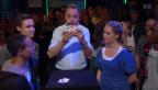 Video «Zaubertrick - Misch-Stil» abspielen
