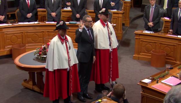 Video «Ruedi Noser wird als Ständerat vereidigt» abspielen