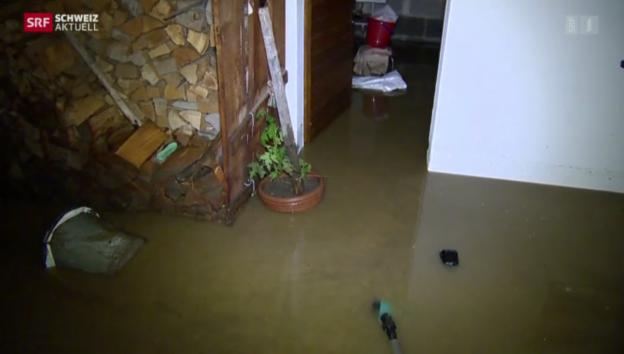 Video «Dutzende Keller überschwemmt» abspielen