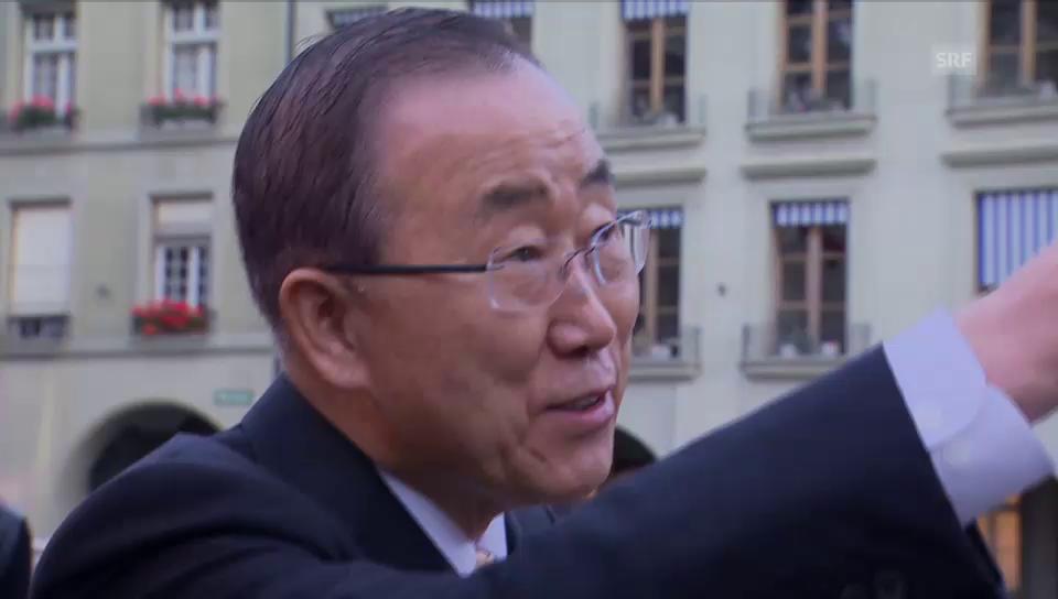 Ban Ki Moon schlendert durch Bern