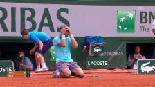 Link öffnet eine Lightbox. Video Nadals 9 bisherige Triumphe in Paris abspielen