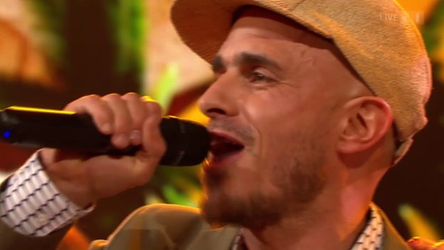 Video «Dodo mit «Hippiebus»» abspielen