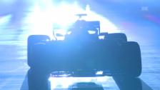 Link öffnet eine Lightbox. Video Mercedes präsentiert seinen neuen Boliden abspielen
