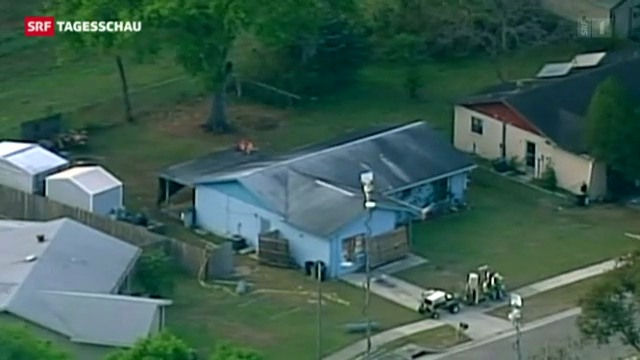 Sinklocher verschluckt Mann in Florida