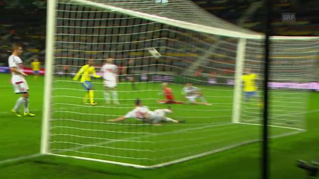 Video «Schweden vergibt fahrlässig das 5:0» abspielen
