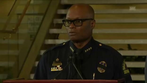 Video «Medienkonferenz Polizeichef David Brown» abspielen