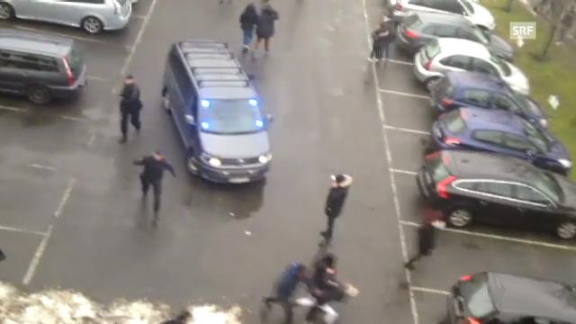 Polizei geht gegen schwedische Schüler vor. (unkommentiert)