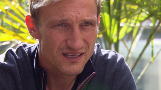 Video «Fussball: Hyypiä über Einsatz» abspielen