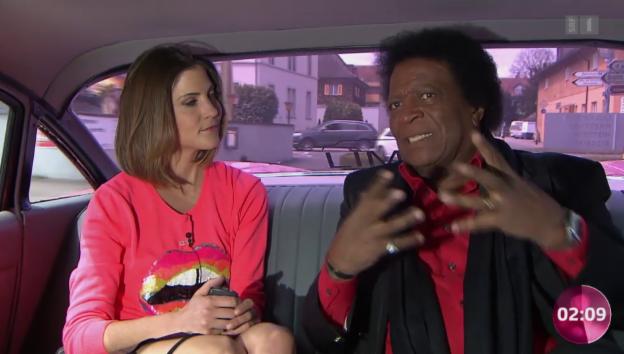 Video «Ein bisschen Spass muss sein: Mit Roberto Blanco in der Limo» abspielen