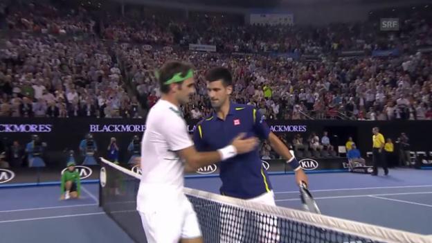 Video «Federer unterliegt Djokovic in 4 Sätzen» abspielen