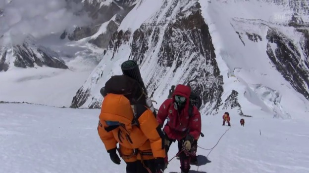 Video «Die Besteigung des Mount Everest» abspielen