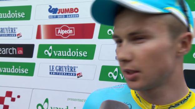 Video «Rad: Tour de Suisse, 8. Etappe, Siegerinterview Alexey Lutsenko» abspielen