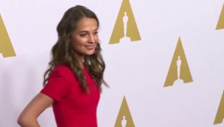 Video «Eine Schauspielerin aus Schweden bei den Oscars» abspielen