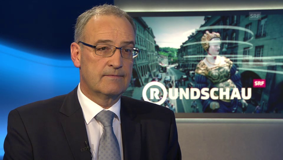 Guy Parmelin an der «Rundschau»-Theke