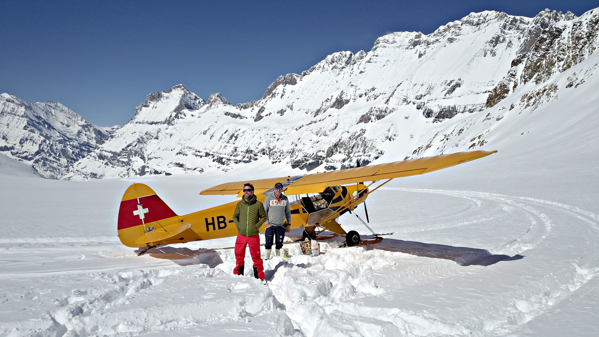 «Wunderland»: Gletscherflug im Lötschental, Wallis