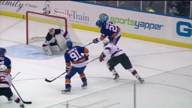 Video «NHL-Schweizer im Einsatz («sportpanorama»)» abspielen