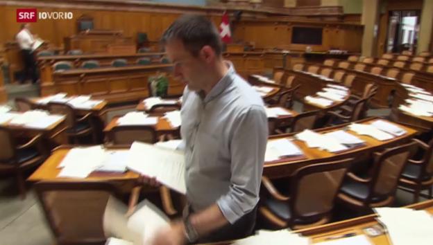 Video «Parlament müllt sich zu» abspielen