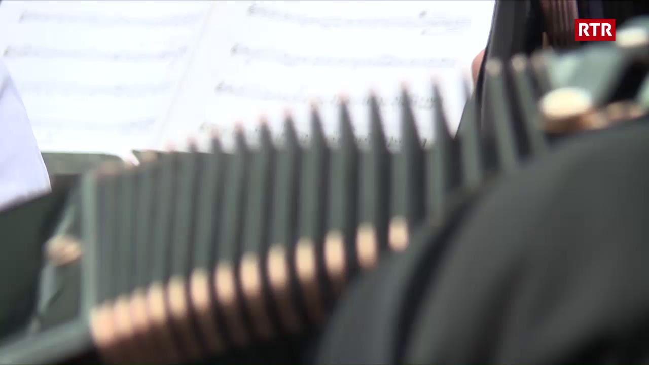 1400 armonicas a Mustér