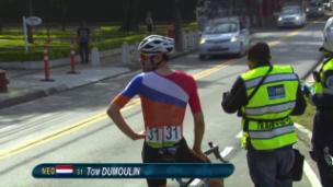 Video «Die Aufgabe von Tom Dumoulin» abspielen