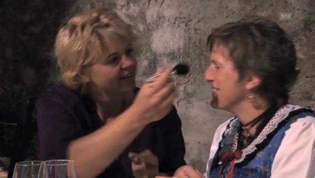 Video «Landfrauenküche: Schminken für das Landfrauenessen» abspielen