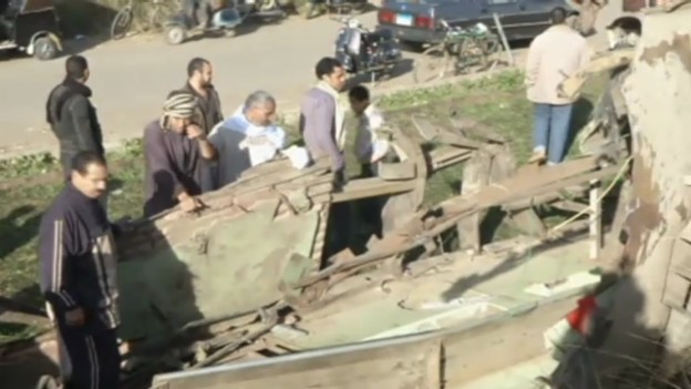 Video «Zugunglück bei Kairo» abspielen