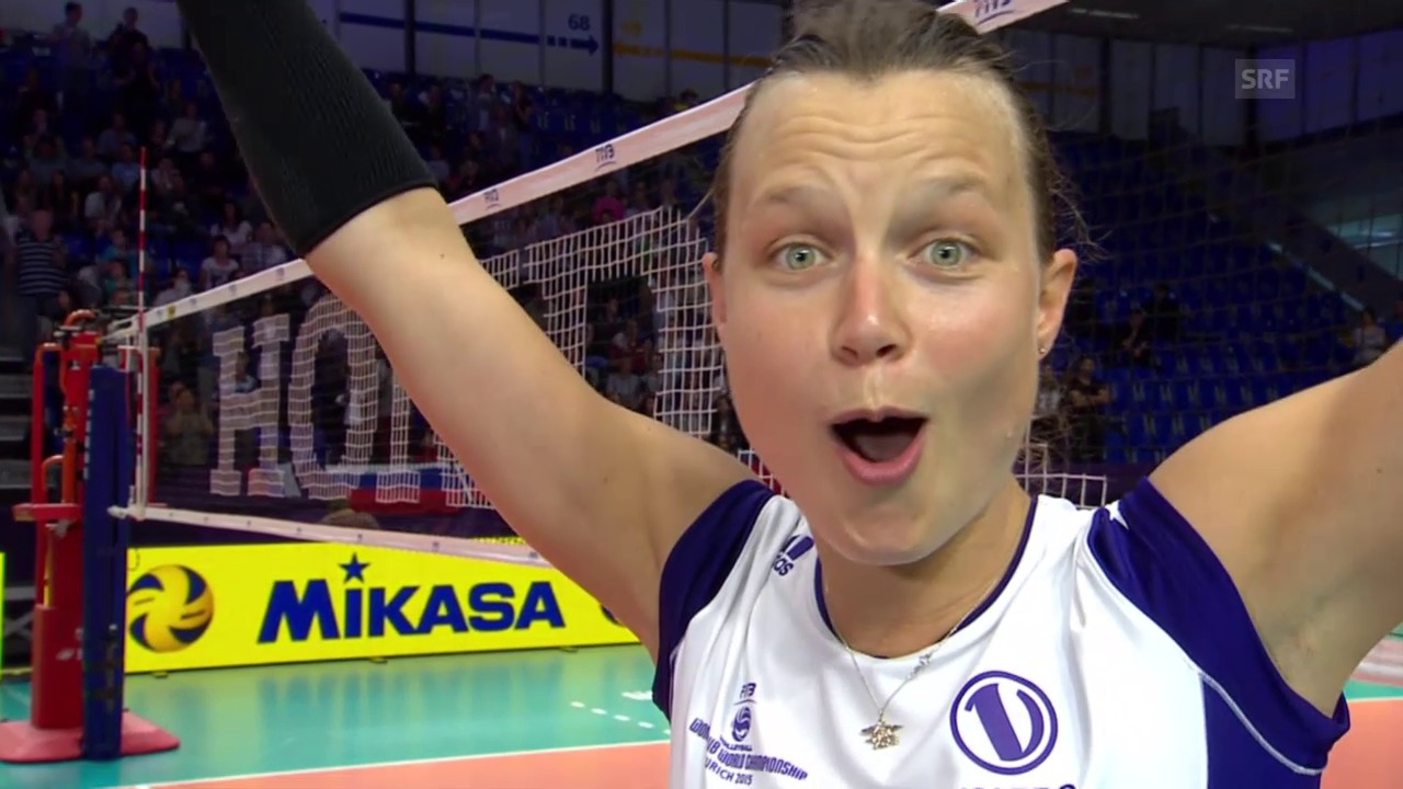 Volleyball: Klub-WM, kleiner Final, Volero - Rio de Janeiro, Interview Courtney Thompson (englisch)