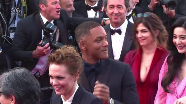 Video «Joyeux Anniversaire Cannes!» abspielen