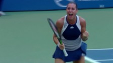 Video «Tennis: US Open 2015, Frauen-Achtelfinal, Favia Pennetta - Samantha Stosur» abspielen