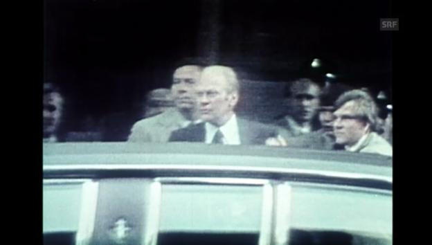 Video «US-Präsident Ford entkam knapp» abspielen
