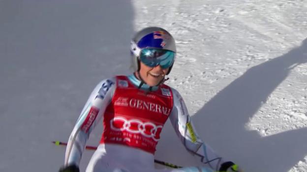 Video «Ski Alpin: Abfahrt Lake Louise, Fahrt Lindsey Vonn» abspielen