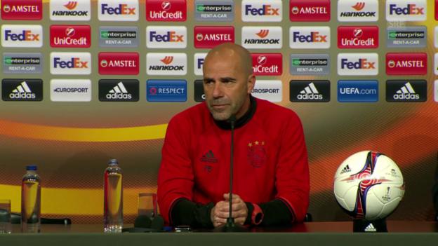 Video «Ajax-Coach Bosz: Über Verschiebung müssen andere entscheiden» abspielen