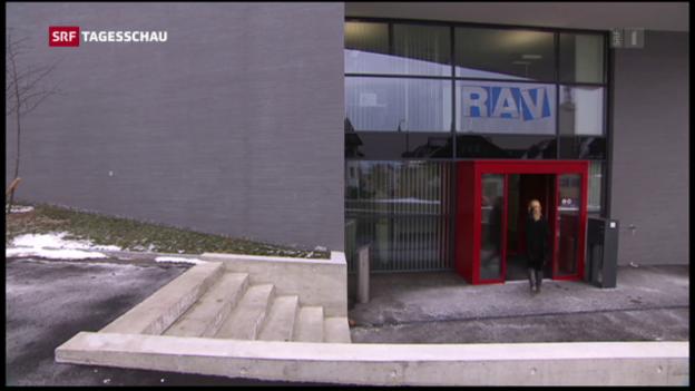 Video «Leicht mehr Arbeitslose in der Schweiz» abspielen