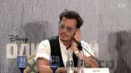 Video «Russen feiern Johnny Depp» abspielen