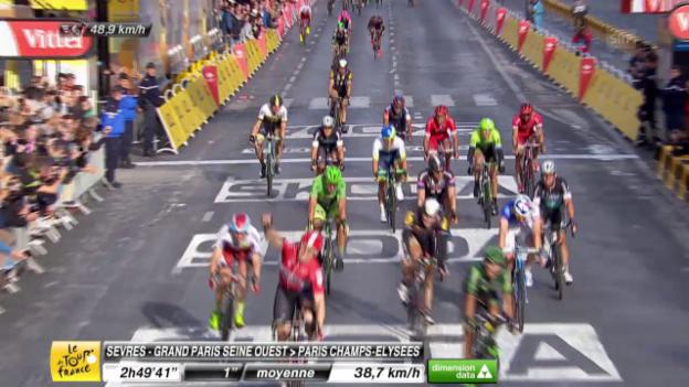 Video «Tour de France: 21. Etappe, Zieleinfahrt» abspielen
