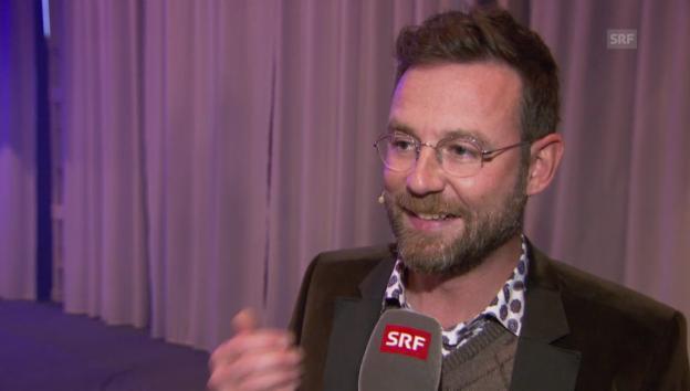 Video «Nik Hartmann übers Vorlesen und Vorträge halten» abspielen