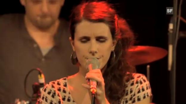 Video «Lily Yellow: Pop mit melancholischer Heiterkeit» abspielen