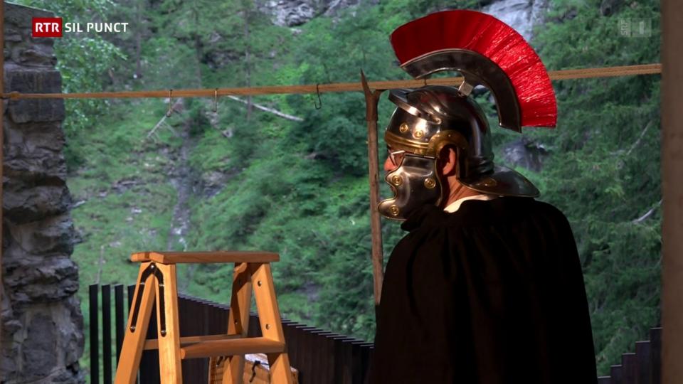 «Viamala Notte» – il teater en la Viamala raquinta istorgias ord la chavorgia magica