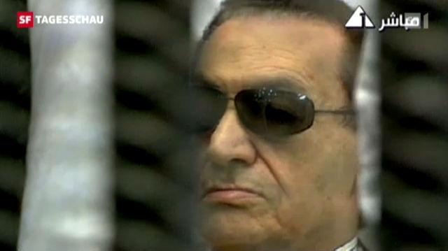 Hosni Mubarak muss die Verantwortung für den Tod von über 800 Demonstranten übernehmen. (Tagesschau, 02.06.12, 19:30 Uhr)